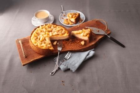 Apfel-Käsekuchen mit Keksboden